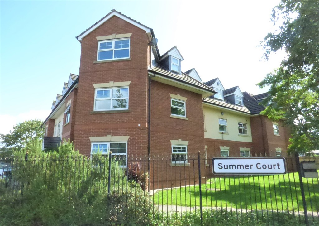 2 Bedroom Flat for sale in M33 (SUMMER COURT, FIRSWAY)